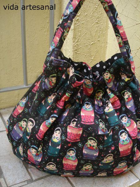 Bolsa De Tecido Redonda : Bolsa matrioska preta vida artesanal